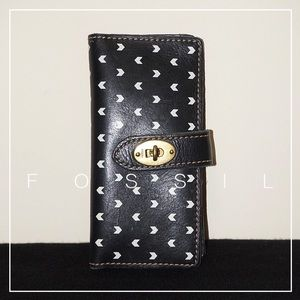 EUC Fossil Bifold Leather Wallet In Black